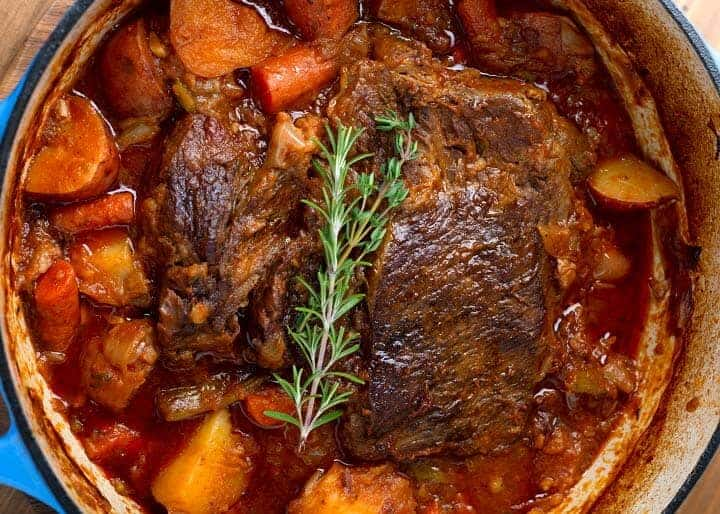 Roast in cooking pot